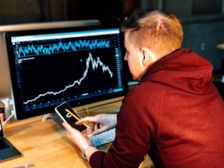 Как работает фондовая биржа и кто на ней зарабатывает
